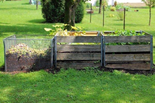 lavameel in compostbakken